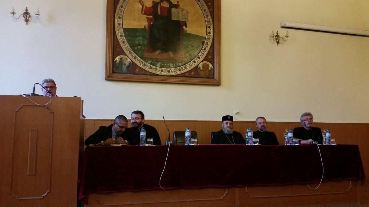 Dreptul la hrană şi agricultura sustenabilă, discutate într-un simpozion, la Sibiu
