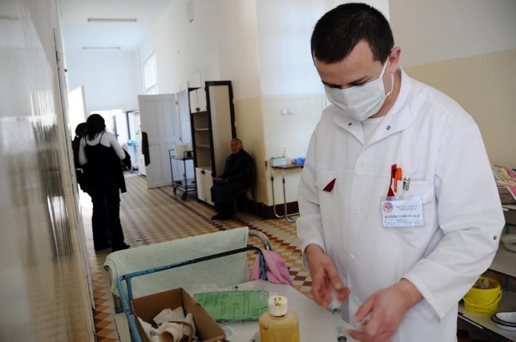 Măsură pentru prevenirea virozelor: se scurtează programul de vizită la Spitalul Județean
