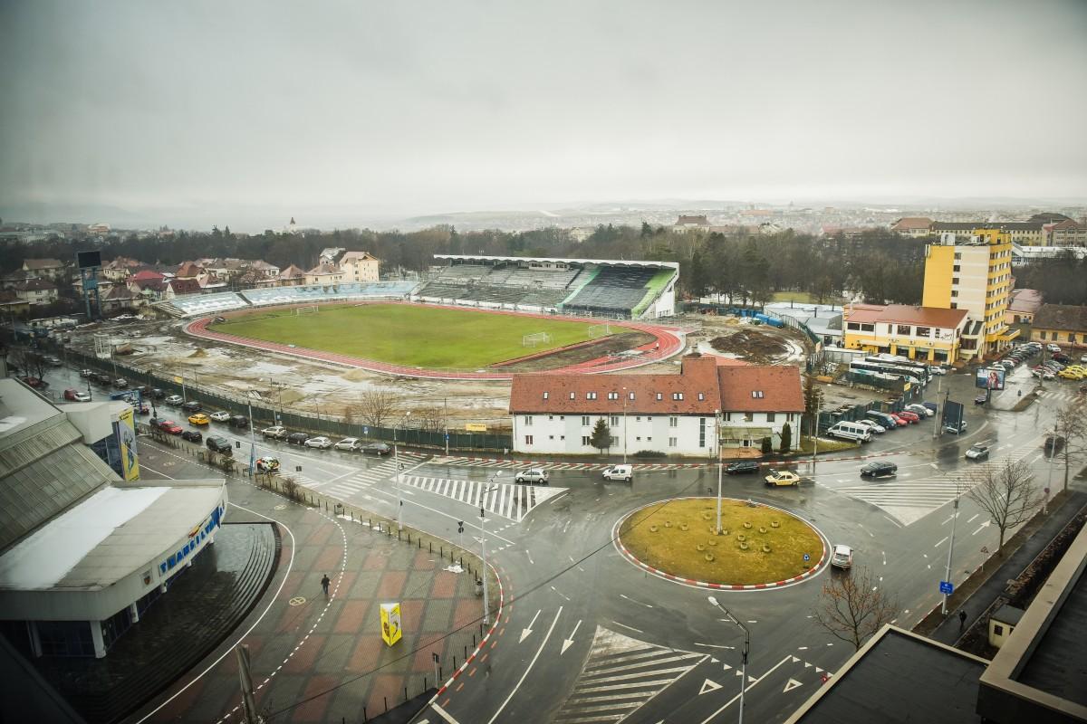 Reabilitarea stadionului municipal: Primăria reziliază contractul cu constructorul