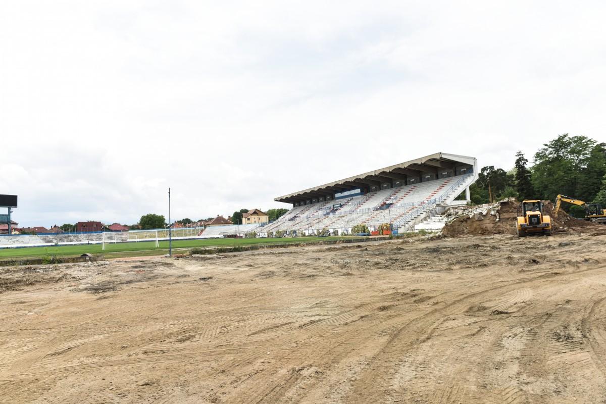 """""""Graficele de lucrări nu au fost respectate"""". FC Hermannstadt nu poate debuta în Liga 1 la Sibiu"""