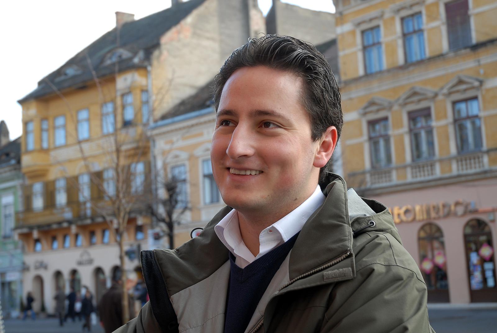 """Primul sibian care-și anunță candidatura la alegerile europarlamentare. """"Pentru că sunt pregătit și pentru că pot"""""""