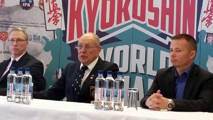 Steve Arneil, legendă a karate-ului mondial: Campionatul de la Sibiu este extraordinar de bine organizat