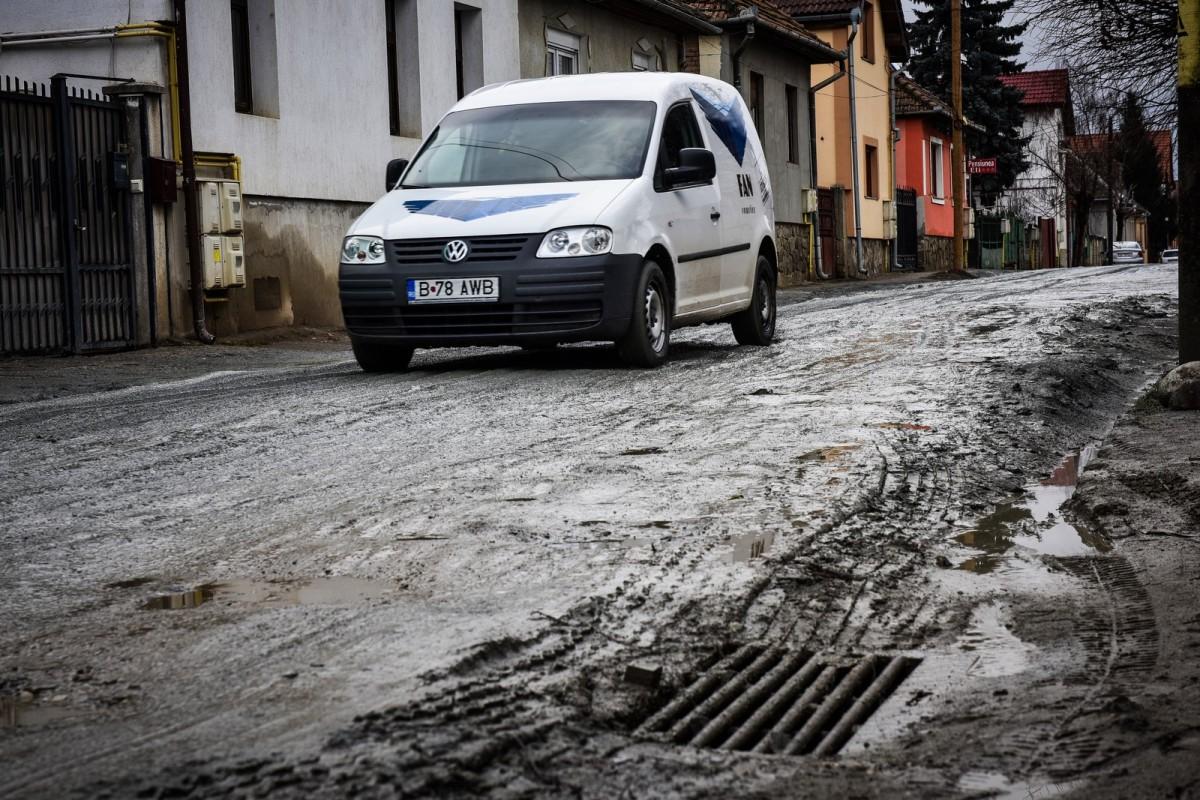 Alte proceduri: opt străzi de pământ din Sibiu au fost contracte pentru modernizare în timp record
