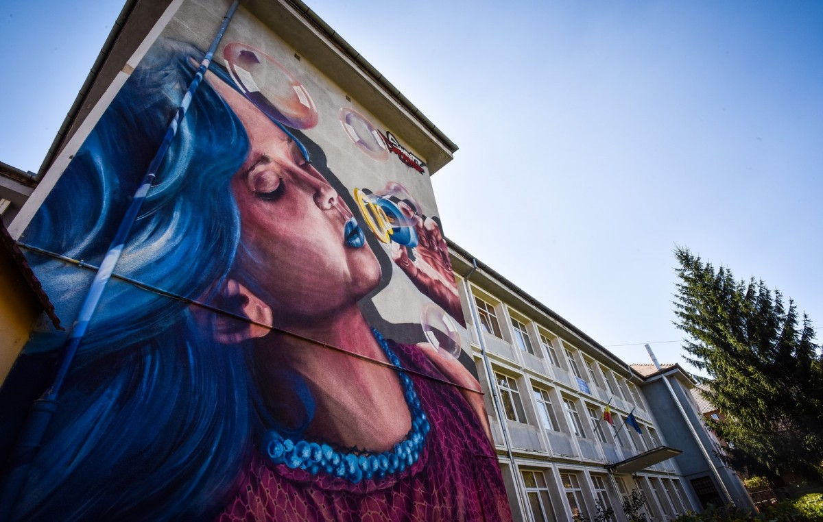 Școlile din Sibiu prind culoare. Începe Sibiu International Street ART Festival