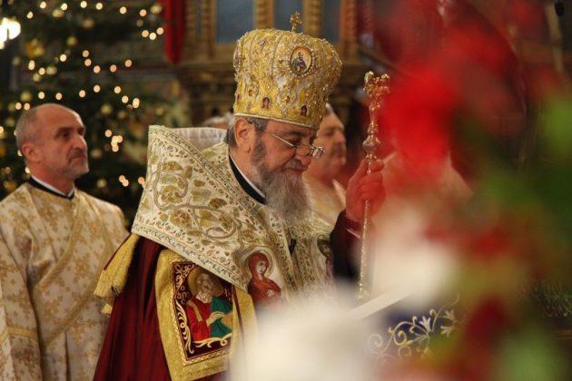 ÎPS Laurențiu, Mitropolitul Ardealului, la intrarea în 2017: Noi numărăm anii, dar timpul este același, noi suntem trecători în timp