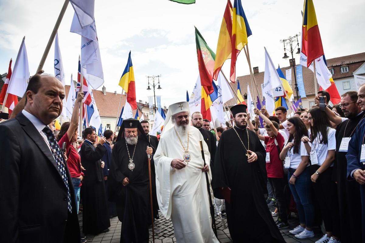 Veniturile Bisericii Ortodoxe: 182 mil. euro pe an. 10 milioane vin de la Mitropolia Ardealului
