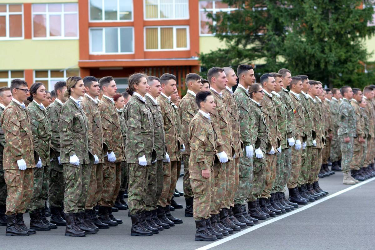 """Interes pentru studii militare la Sibiu. """"O astfel de concurență a mai fost în 2010"""""""
