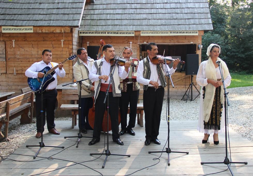 Festivalul Tarafuri și Fanfare aduce în Muzeul ASTRA poveștile pierdute ale lăutarilor