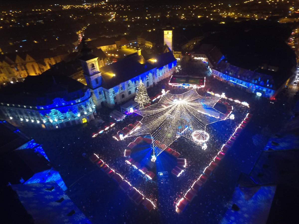 Cine cântă în deschiderea Târgului de Crăciun din Piața Mare