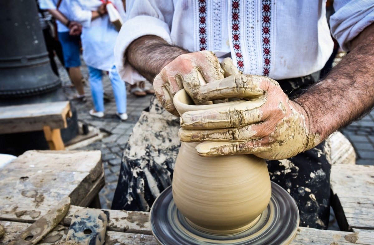 Târgul olarilor revine în Piața Mare, în weekend