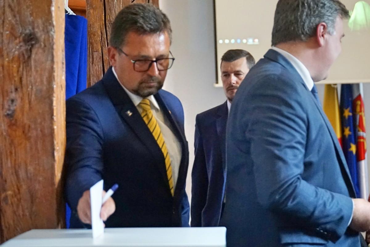 """VIDEO Sibiul are un nou viceprimar. """"În principiu, voi continua proiectele lui Răzvan, în anul care a mai rămas"""""""