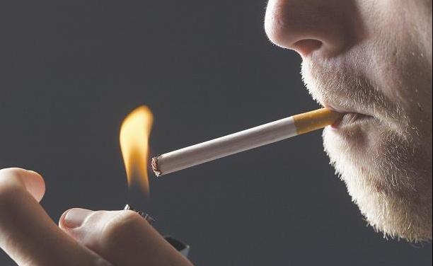 Polisano inițiază o campanie antifumat. Oferă reduceri la consultații de specialitate