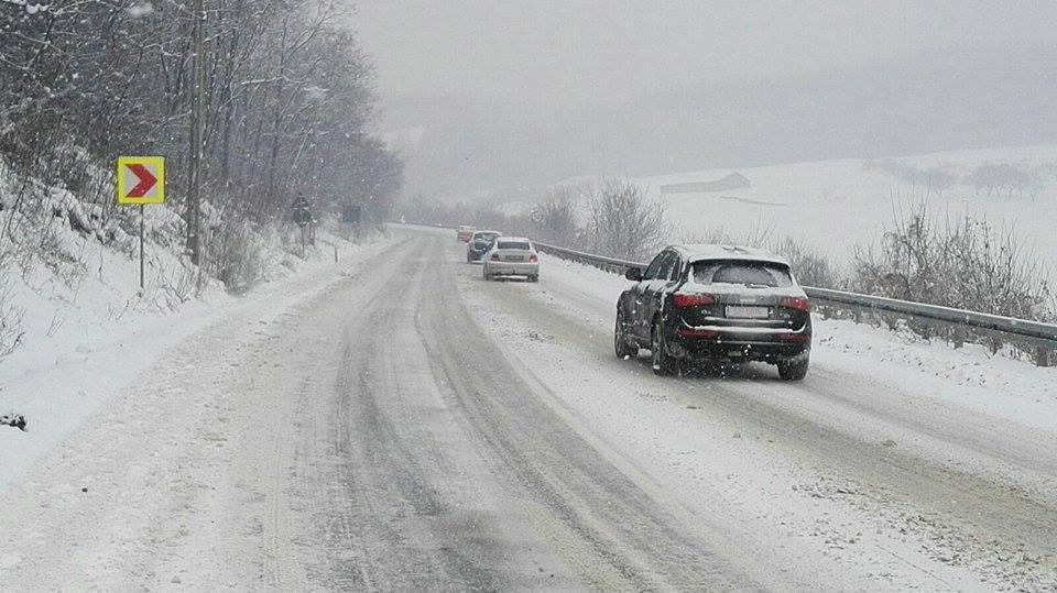 Trei școli din județul Sibiu au suspendat cursurile. Din cauza condițiilor meteo