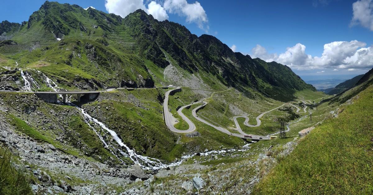 Campania Let's do it se mută la peste 2.000 de metri. Curățenie la Bâlea și Transfăgărășan