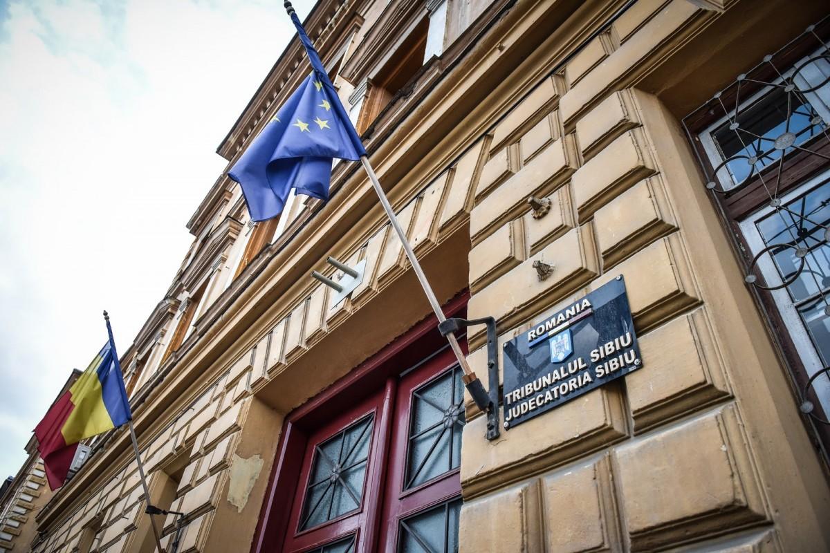 Președintele Iohannis a semnat pentru numirea a doi judecători la Sibiu