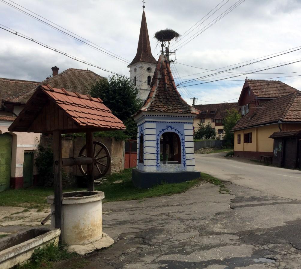 Turist în Mărginime: nu faci duș și nu tragi apa la toaletă