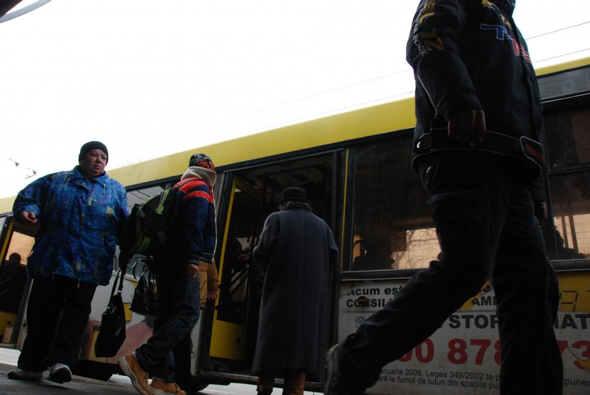 Tursib: Abonamente încărcate exclusiv on line pentru angajaţii societăţilor comerciale