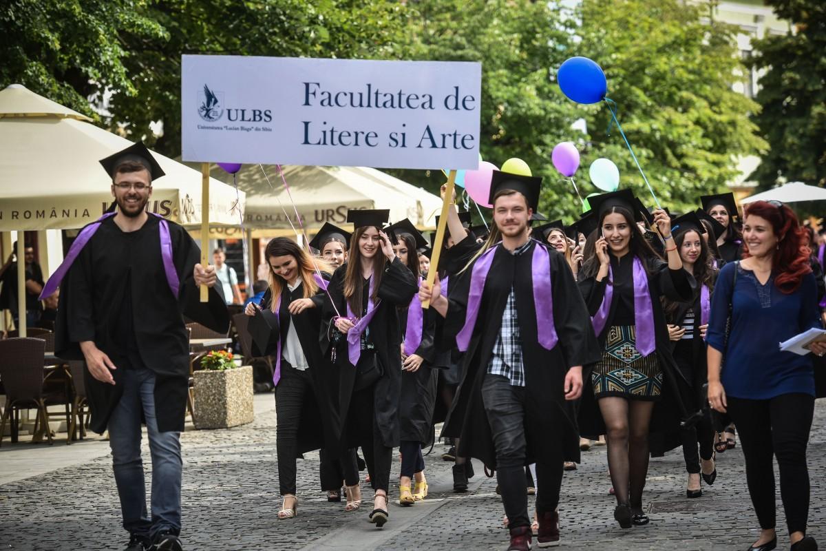 Taxemai mari la universitate. Cele mai scumpe facultăți din Sibiu