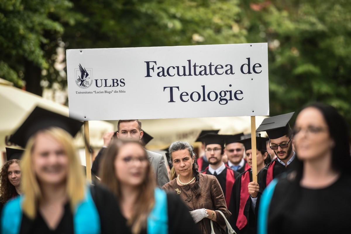 Ce fac studenții de la Teologie din Sibiu, după absolvire, dacă nu vor să devină preoți