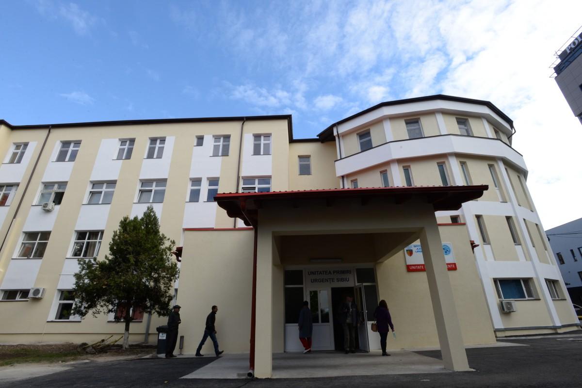 Un angajat al unei firme din Zlatna, cu arsuri chimice cu acid sulfuric pe corp, adus la spitalul din Sibiu