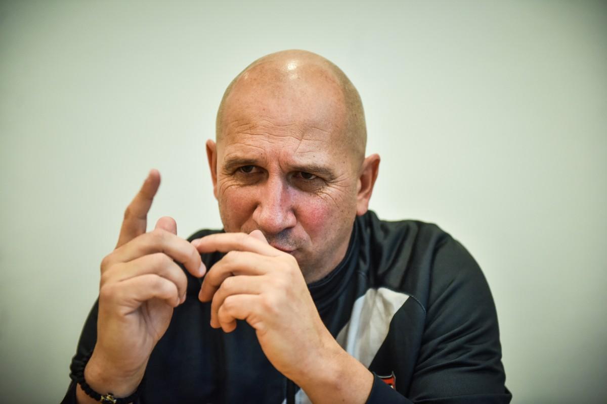 """Clujenii îl dau plecat pe Miriuță. """"Haos la Hermannstadt"""""""