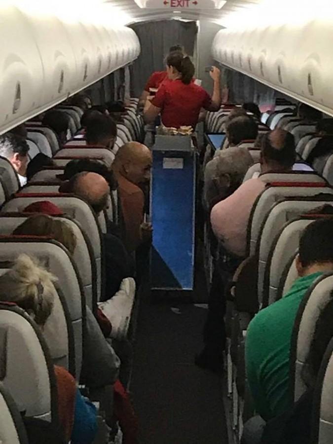 Marius Vintilăa stat lângă Dragnea în avion: Ce vă doresc eu e un proces cinstit în urma căruia să mergeți la pușcărie, dacă asta meritați