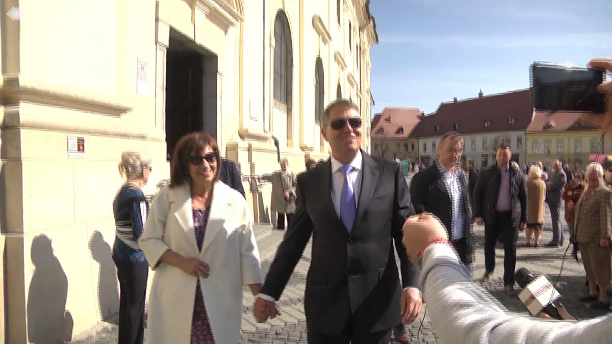Video | Mesajele familiei Iohannis, în duminica de Paști