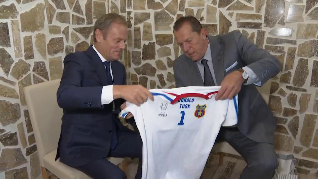 """Duckadam și președintele Consiliului European, împreună la Sibiu: """"I-am dat o pălincă făcută de mine"""""""