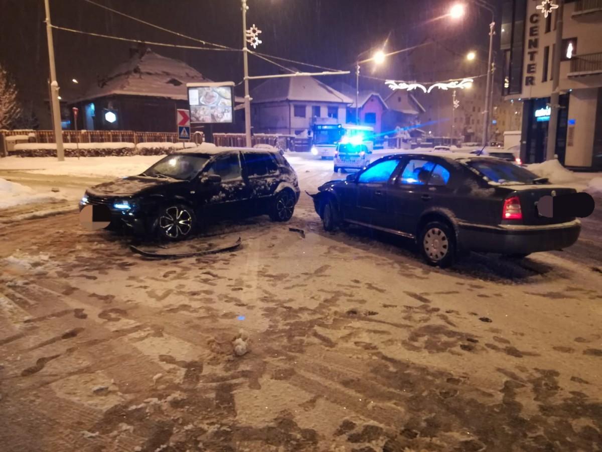 Accident pe Alba Iulia. Un copil de nici un an a ajuns la spital