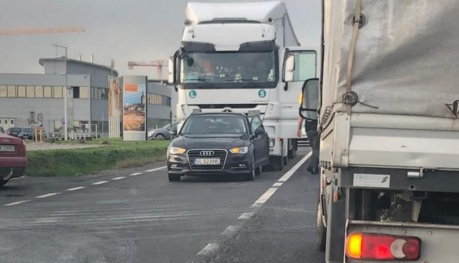 Bunăvoința în trafic, sancționată de un tirist. A luat un șofer la bătaie în Zona Industrială Vest