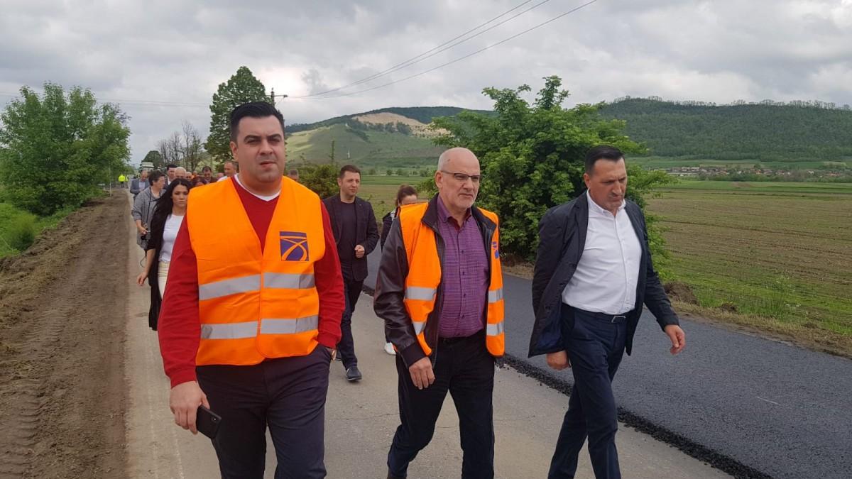Ministrul Transporturilor a venit la Mediaș să promită că în 2022 ar putea fi gata centura și să-l atace pe președintele Iohannis