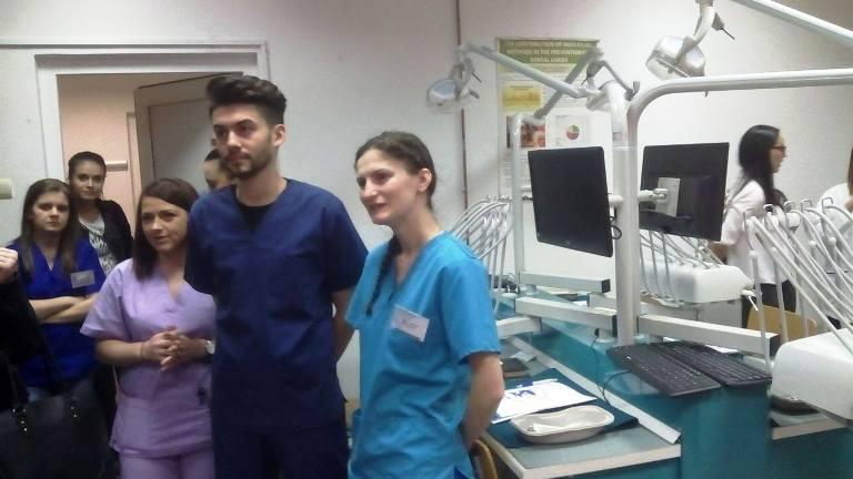 Facultatea de Medicină din Sibiu a organizat primul workshop în chirurgie orală