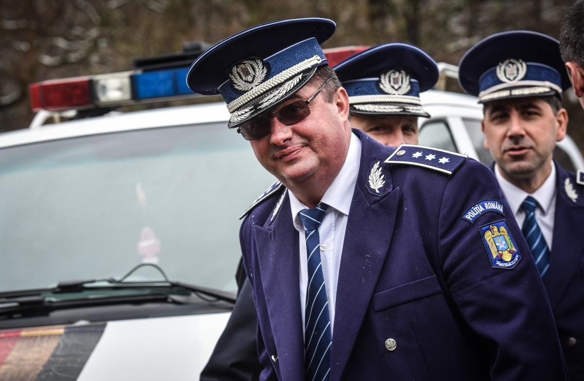 """Salvador Viorel Caragea s-a pensionat din fruntea Școlii de câini Sibiu. Și a """"șters-o englezește"""""""