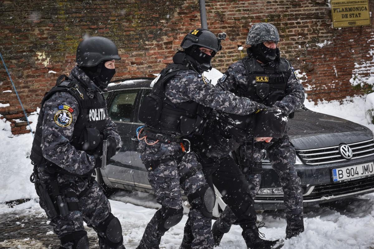 VIDEO-Polițiștii anului în Sibiu vin de la Investigații Criminale