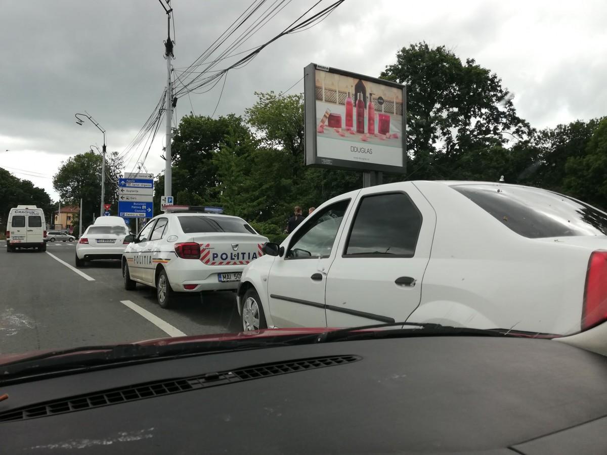 Mașină urmărită prin trafic, pe străzile din Sibiu: uncisnădian a refuzat să se legitimeze
