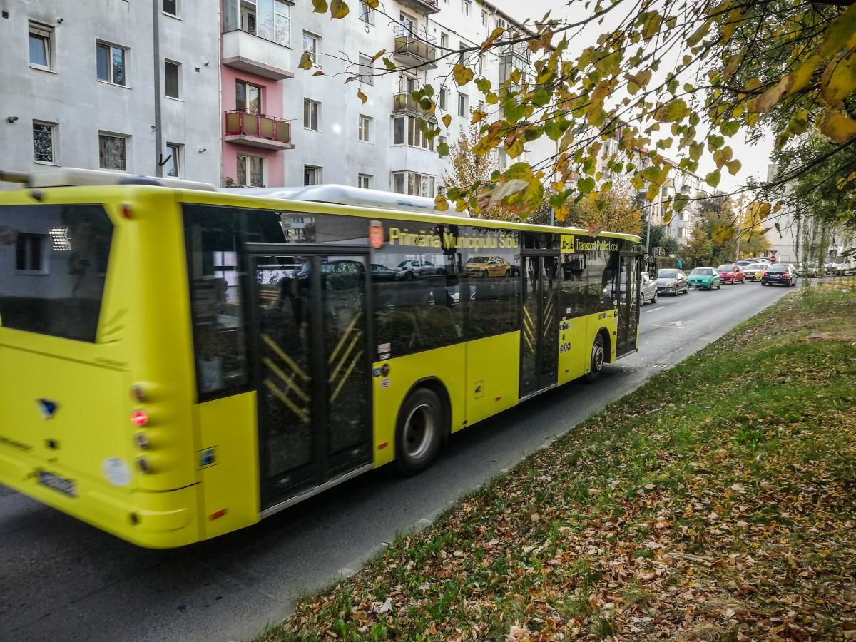 Transport în comun gratuit pentru toți elevii