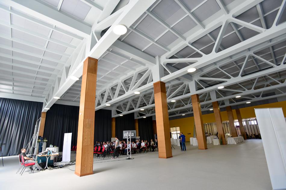 Schimbarea la fata a Sibiului. O hala industriala a devenit primul centru expozitional din oras