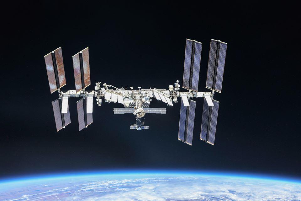 VIDEO Capsula SpaceX Crew Dragon s-a cuplat cu succes la Staţia Spaţială Internaţională