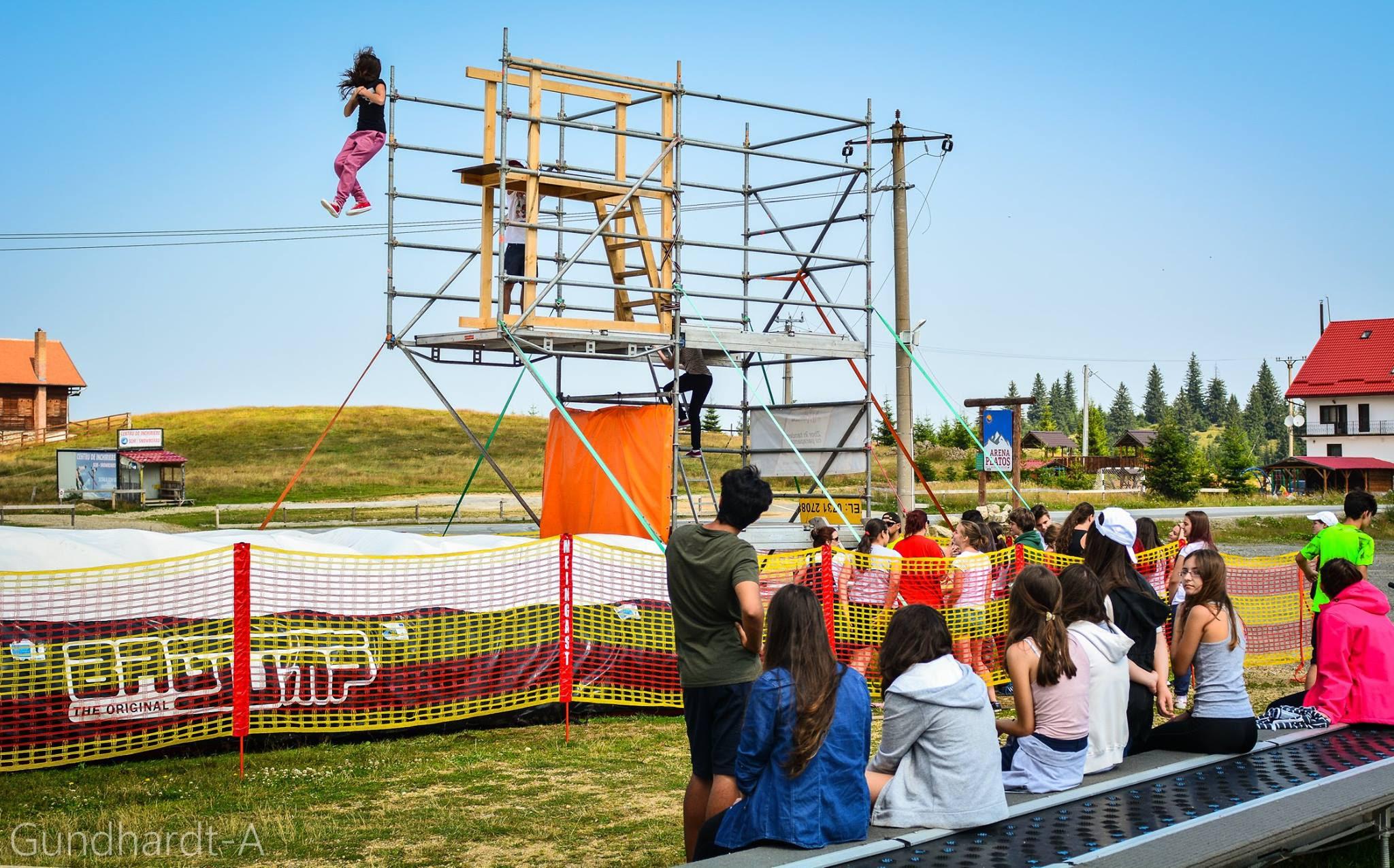 Arena Platoș se redeschide în weekend. Poteci noi pentru drumeții, mountainbiking și plimbare prin pădure