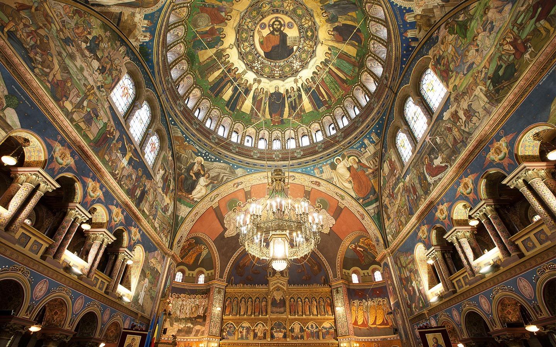 """Catedrala mitropolitană """"Sfânta Treime"""", visul mitropolitului Andrei Șaguna devenit realitatea Sibiului"""