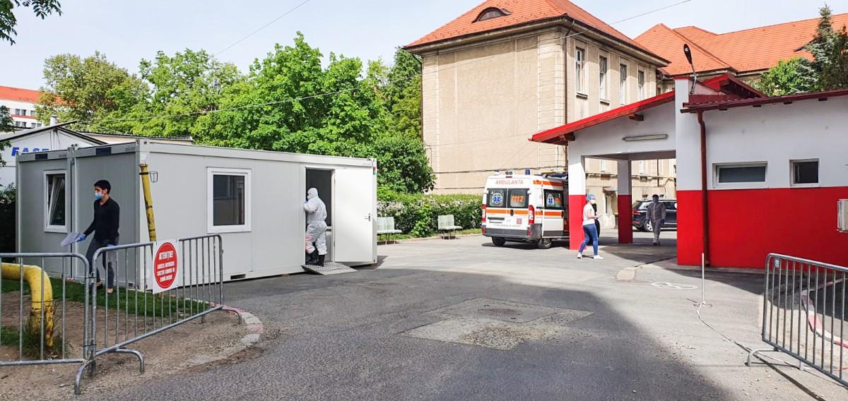 La Spitalul Județean din Sibiu s-au reluat intervențiile chirurgicale considerate urgențe