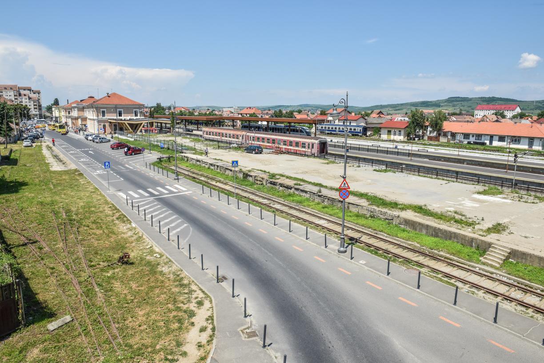 Gara CFR Sibiu: după 70 de ani, platforma X va fi demolată și înlocuită cu spații verzi și lizieră de brazi