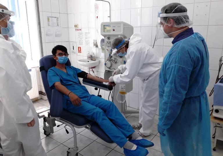 Pacienții de la ATI pot fi salvați: Spitalul din Sibiu are nevoie de donatori de plasmă