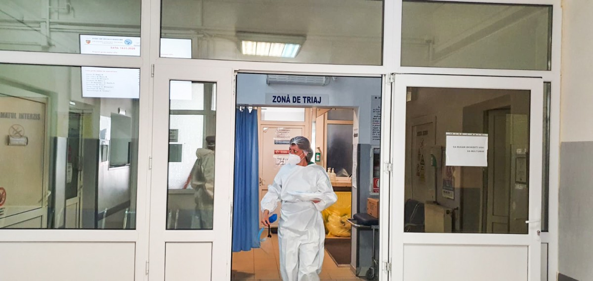Coronavirus: trei cazuri noi la Sibiu, 165 în toată țara