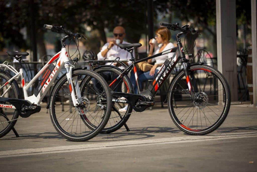Își merită banii o bicicletă electrică în Sibiu? Interviu cu Mihai Căliman și Victor Mureșan de la BikeShow.ro