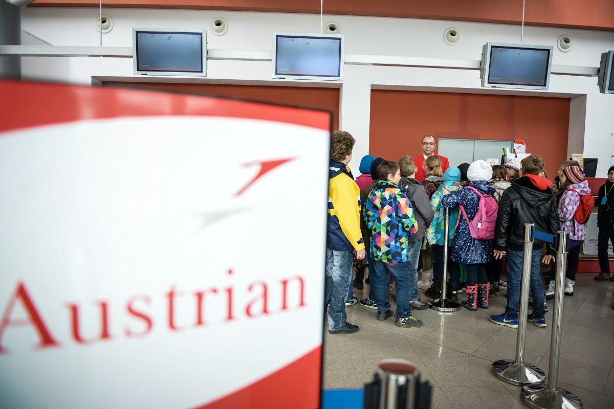 Sibienii care aveau bilete către Viena trebuie să sune la Austrian Airlines