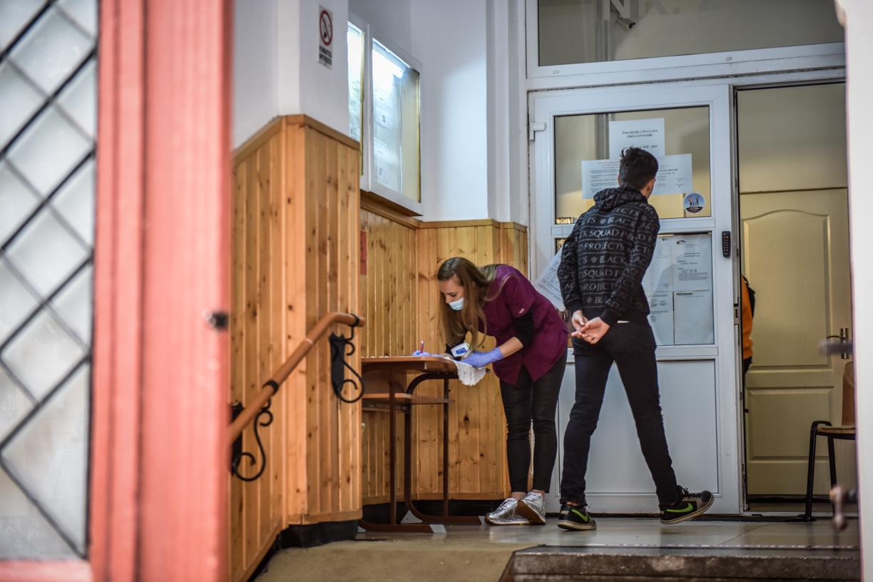 Elev cu media 8,28 rămas nerepartizat la liceu în Sibiu