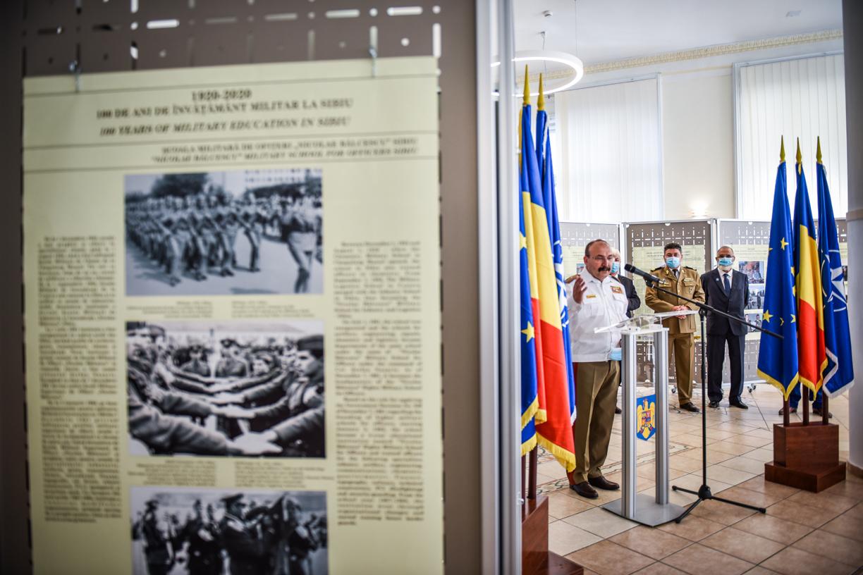 FOTO Academia Forțelor Terestre a celebrat o sută de ani de învățământ militar românesc, la Sibiu