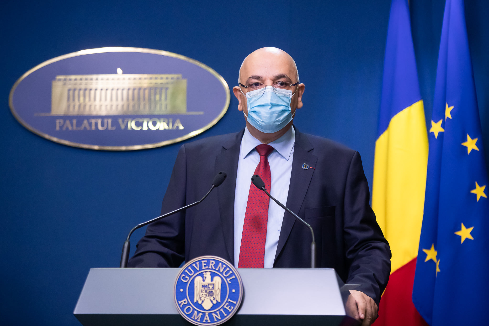CNSU: Persoanele care sosesc în România din ţări cu risc epidemiologic ridicat vor fi carantinate