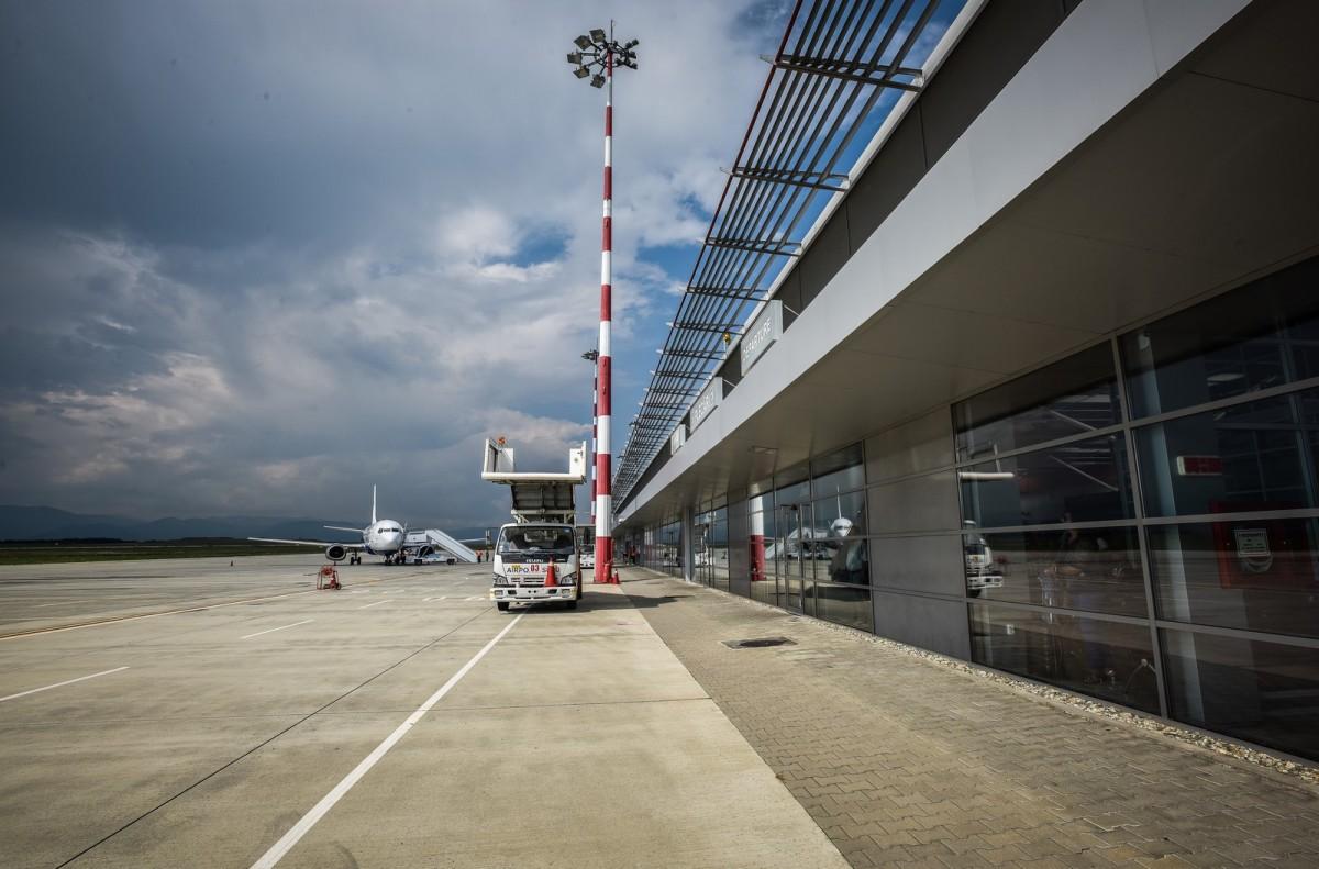 """Aeroportul Sibiu: """"activitatea de cargo nu poate beneficia de finanțare nerambursabilă"""""""